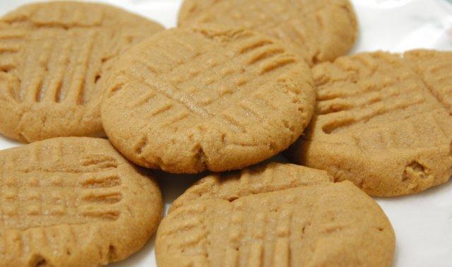 Peanut Butter Cookies Recipe | DIY Reviews